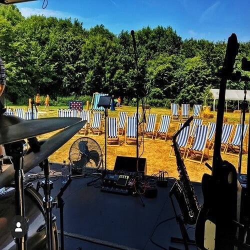 Camper stage